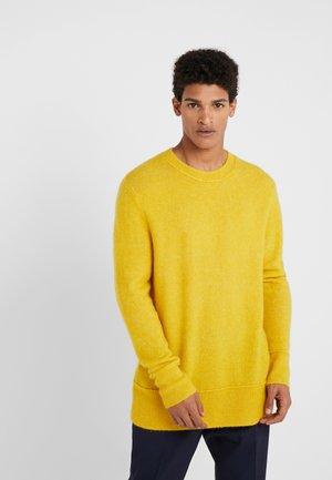 CHRIS CREW NECK - Jumper - yellow