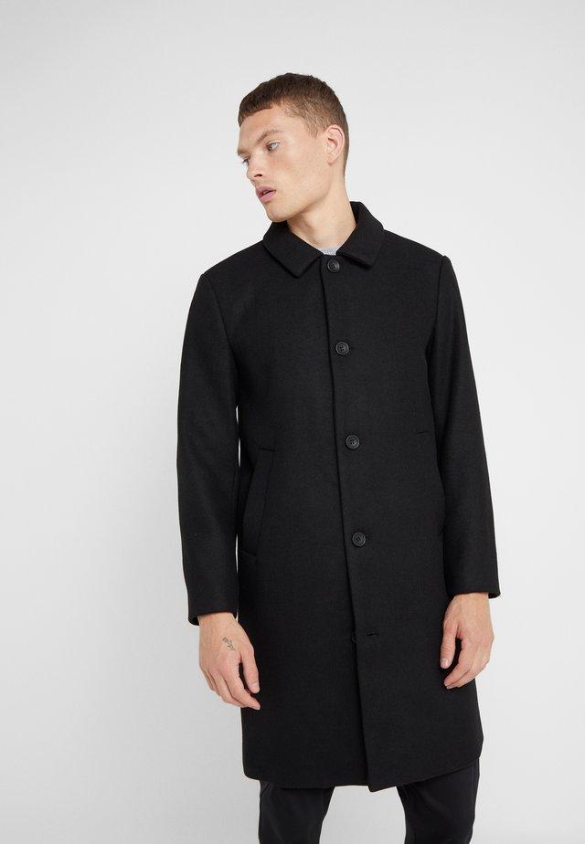 ASLAN COAT - Zimní kabát - black