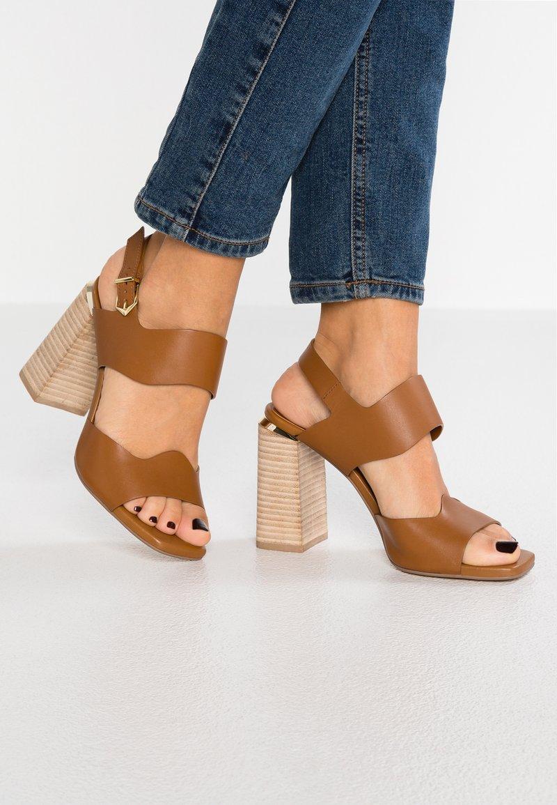 Bruno Premi - High heeled sandals - tan
