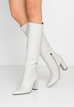 High heeled boots - ghiaccio