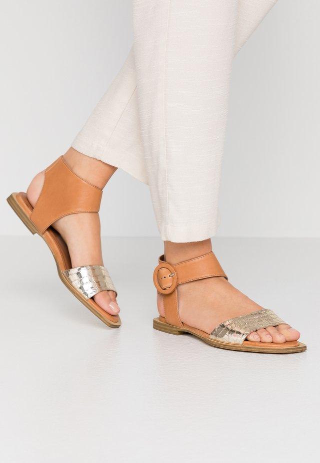 Sandales - sombrero/cocco platino