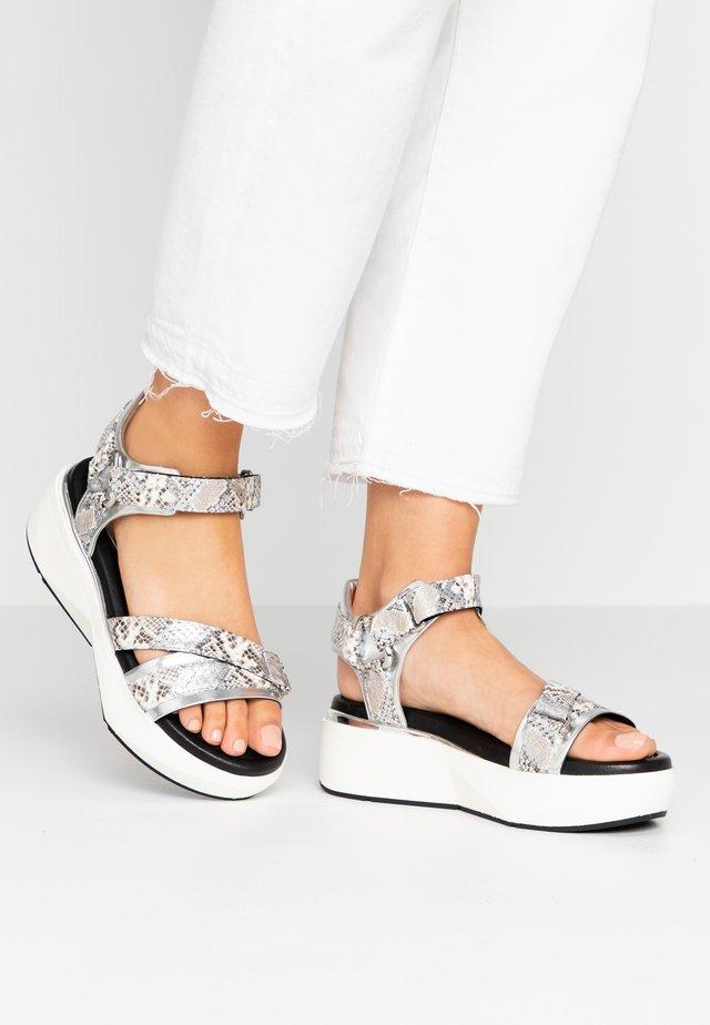 Sandales à plateforme - metal/joya argento/roccia