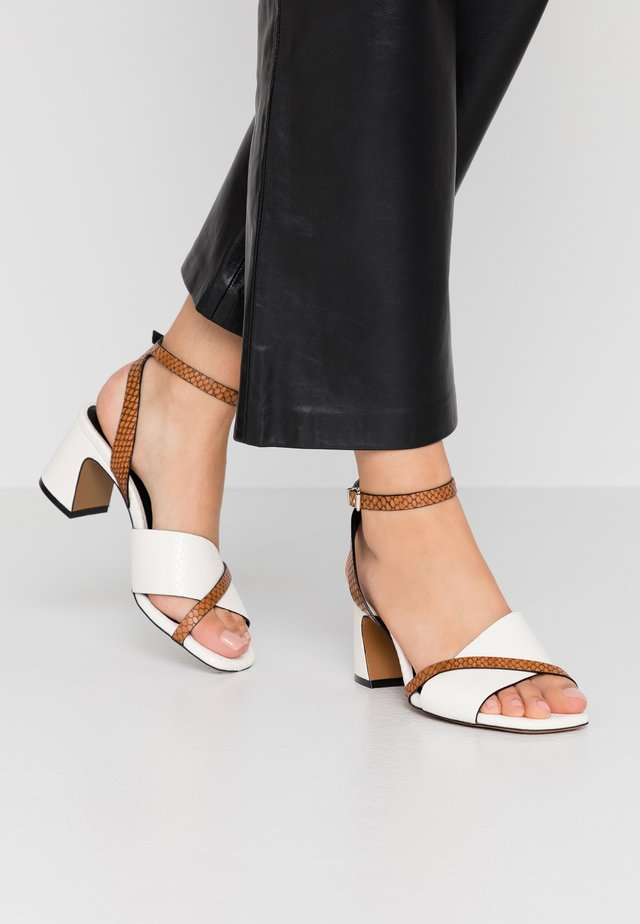 Sandales - papua/avorio