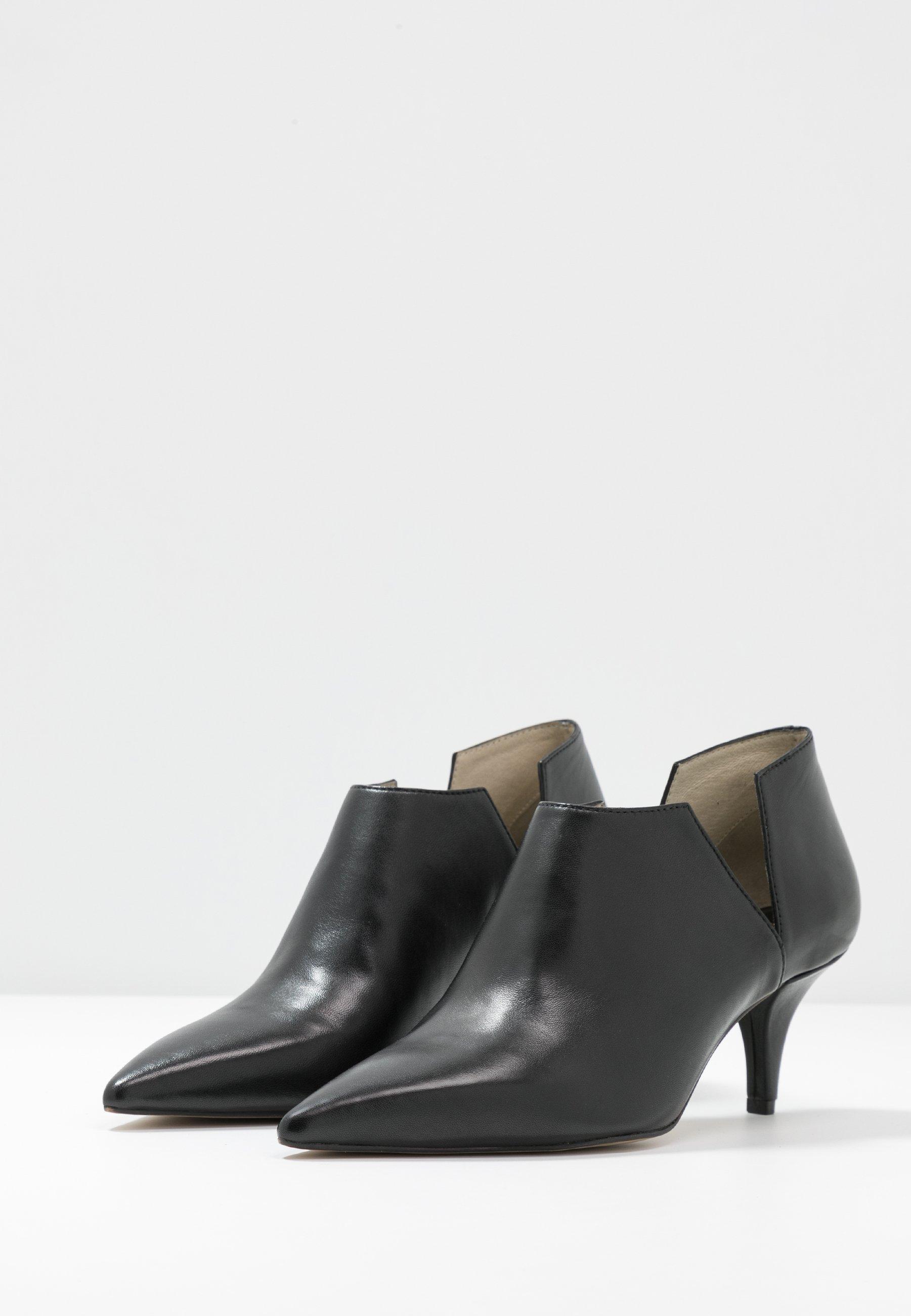 Bruno Premi Ankle Boots - Black
