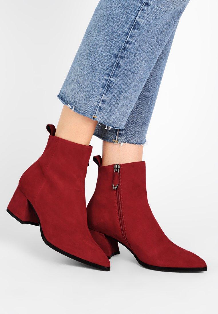 Bruno Premi - Classic ankle boots - cam rosso