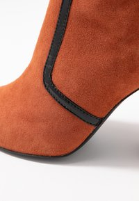 Bruno Premi - High heeled ankle boots - siena - 2
