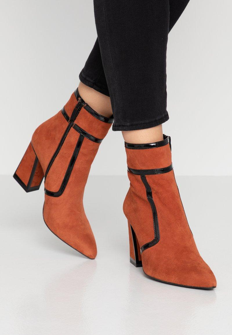 Bruno Premi - High heeled ankle boots - siena