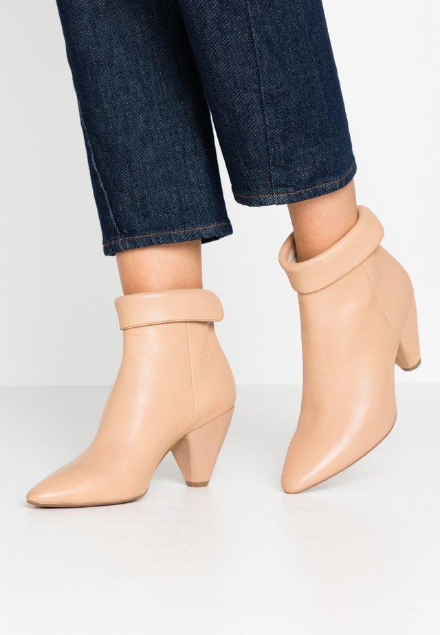 Ankle Boot - sombrero grano