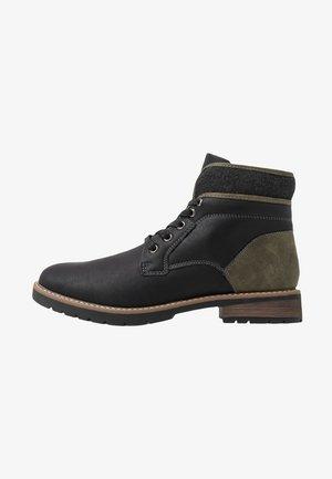 BLACKBURN - Šněrovací kotníkové boty - black