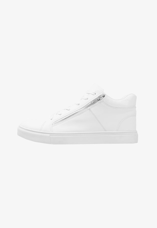 MULLEN - Matalavartiset tennarit - white