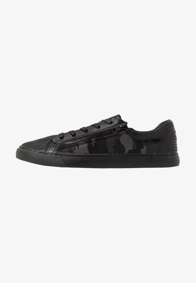 KALVIN - Sneakers - black