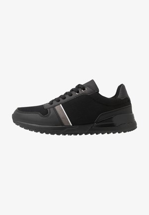 BRAD - Sneakersy niskie - black