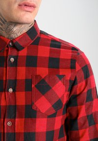 Brave Soul - Shirt - red/black