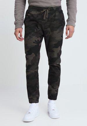 FINECAMO - Teplákové kalhoty - khaki