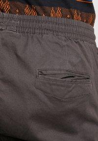 Brave Soul - HADDON - Pantalon cargo - charcoal grey - 4