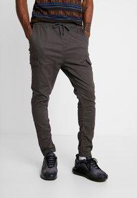 Brave Soul - HADDON - Pantalon cargo - charcoal grey - 0