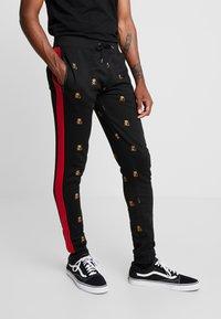 Brave Soul - MONOGRAM - Pantalones deportivos - black - 0