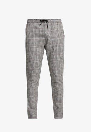 COLTON - Kalhoty - black/brown