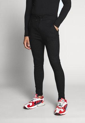 BUCK - Kalhoty - black