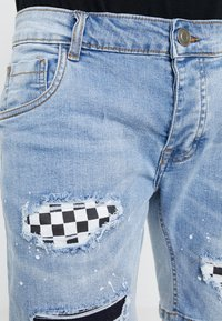 Brave Soul - SKATE - Short en jean - blue denim - 3