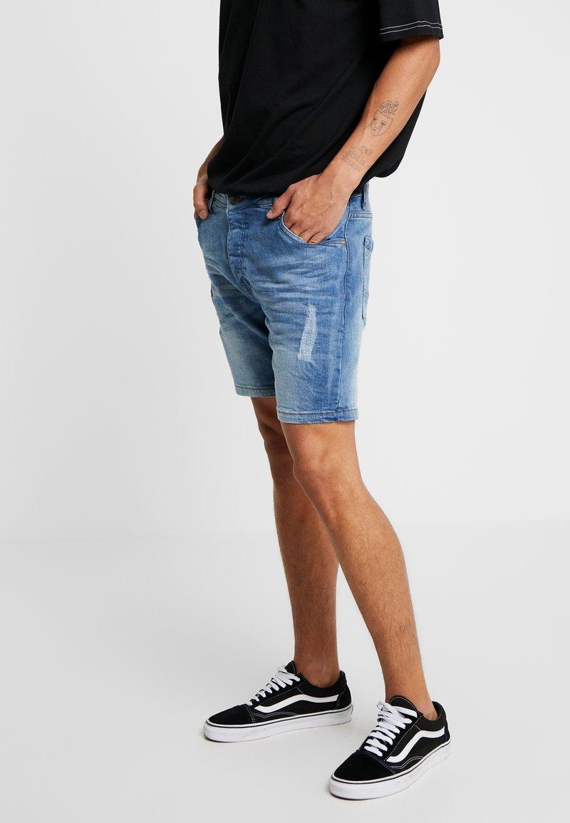 Brave Soul - TAYLOR - Jeans Shorts - light blue