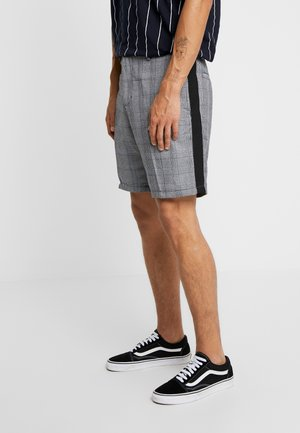 THOMASCHECK - Shorts - black/white