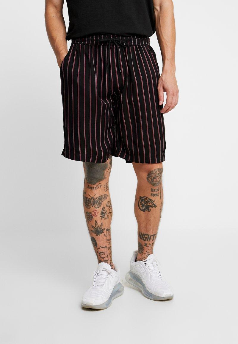 Brave Soul - Shorts - black/white/burgundy
