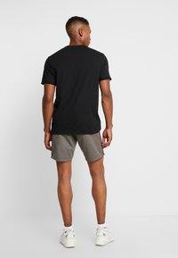 Brave Soul - SMITHTAPEPB - Shorts - grey - 2