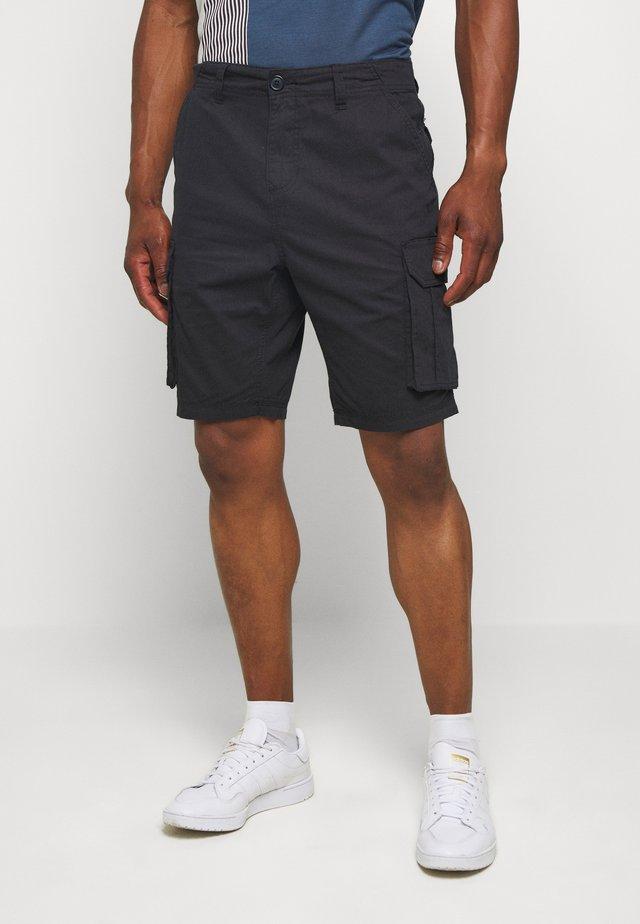 RIVERWOPKA - Shorts - black