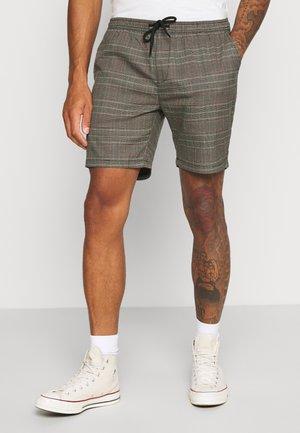 Shorts - black/grey/red check