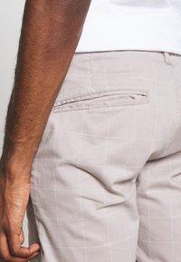 Brave Soul - JAMES - Shorts - light grey - 4
