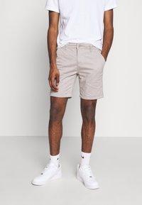 Brave Soul - JAMES - Shorts - light grey - 0