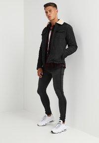 Brave Soul - EZRA - Jeans slim fit - charcoal - 1