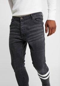 Brave Soul - JORDAN - Jeans Skinny Fit - black wash - 3