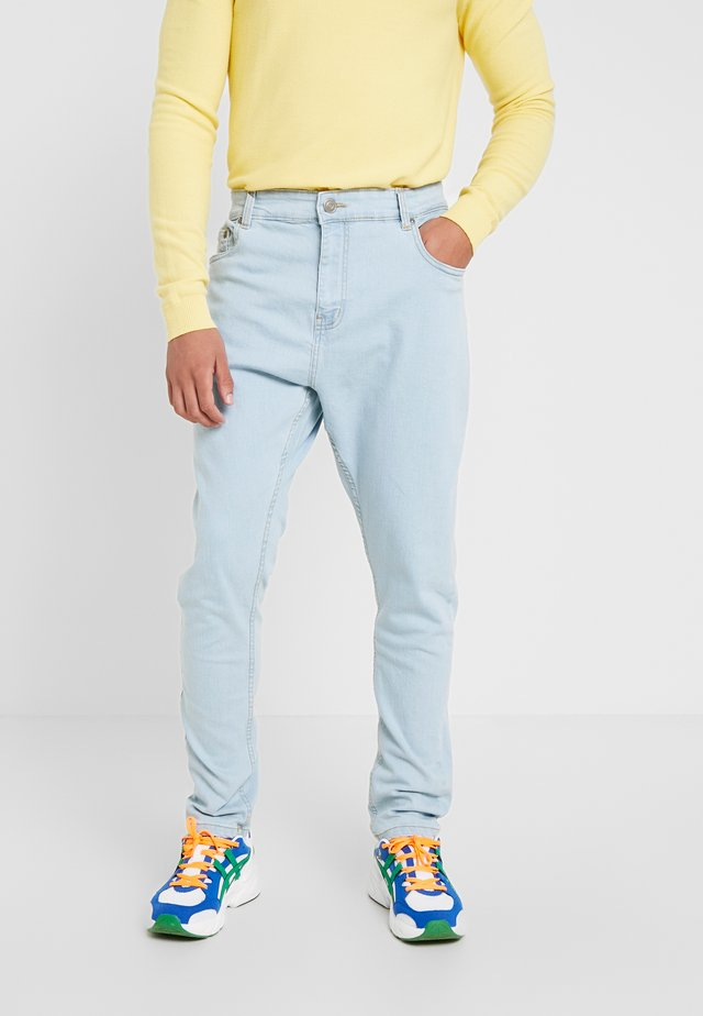 JAMIE - Džíny Relaxed Fit - light blue denim
