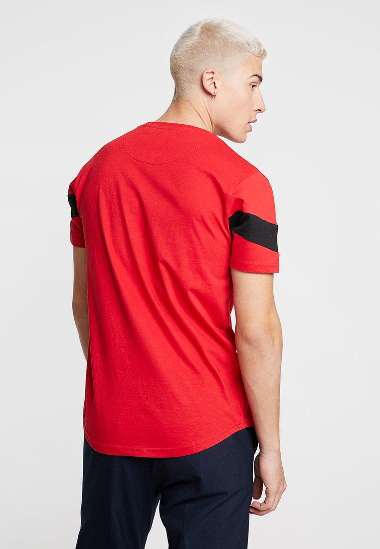 Brave Red Soul GradeT shirt Imprimé I6bf7Ygyv