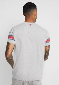 Brave Soul - OHIO - T-shirt imprimé - light grey marl - 2