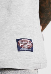 Brave Soul - OHIO - T-shirt imprimé - light grey marl - 4