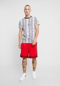 Brave Soul - POISON - T-shirt print - black/white - 1