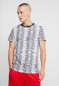 Brave Soul - POISON - T-shirt print - black/white - 0