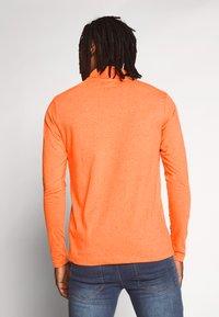 Brave Soul - Pitkähihainen paita - orange neon - 2