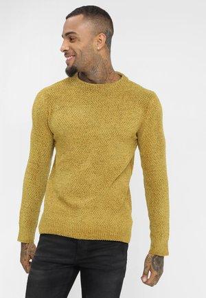 DHARMA - Stickad tröja - mustard
