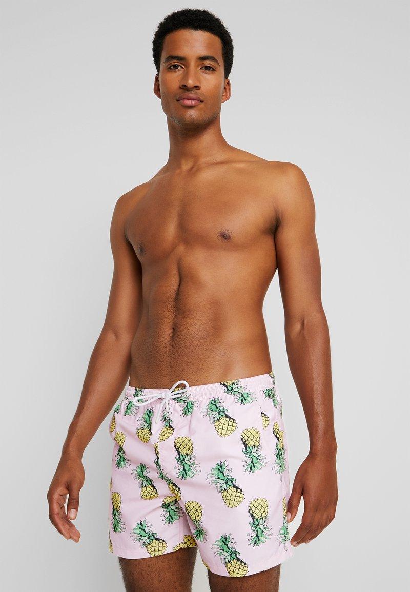 Brave Soul - SANGRIA - Swimming shorts - pink/yellow