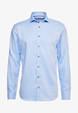 BARLOW - Koszula biznesowa - light blue