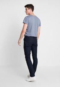 Bruun & Stengade - KLAY - Pantalones chinos - navy - 2