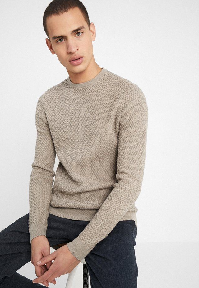 ROSSI REGULAR FIT - Strickpullover - sand