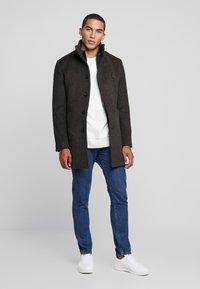Bruun & Stengade - ARIZONA - Zimní kabát - brown - 1