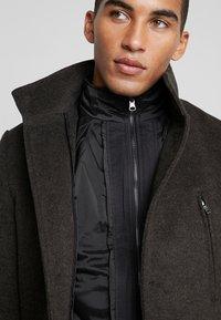 Bruun & Stengade - ARIZONA - Zimní kabát - brown - 4