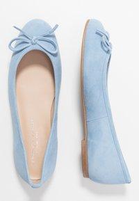 Brenda Zaro Wide Fit - WIDE FIT CARLA - Ballet pumps - baby blue - 3