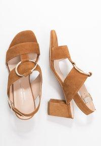 Brenda Zaro Wide Fit - WIDE FIT POLAR NEW - Sandals - cognac - 3
